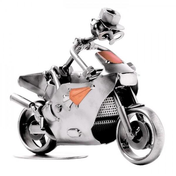Dirkalni motor, kovinska skulptura