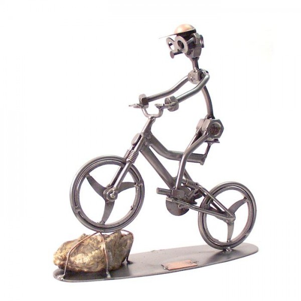 Gorski kolesar, kovinska skulptura