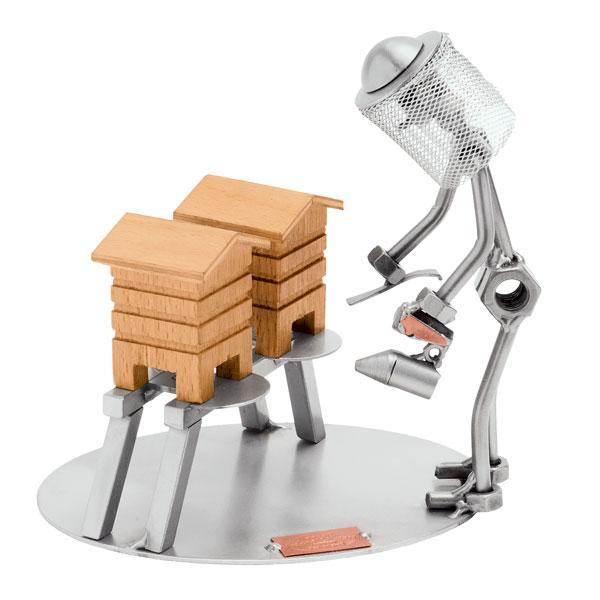 Čebelar, kovinska skulptura
