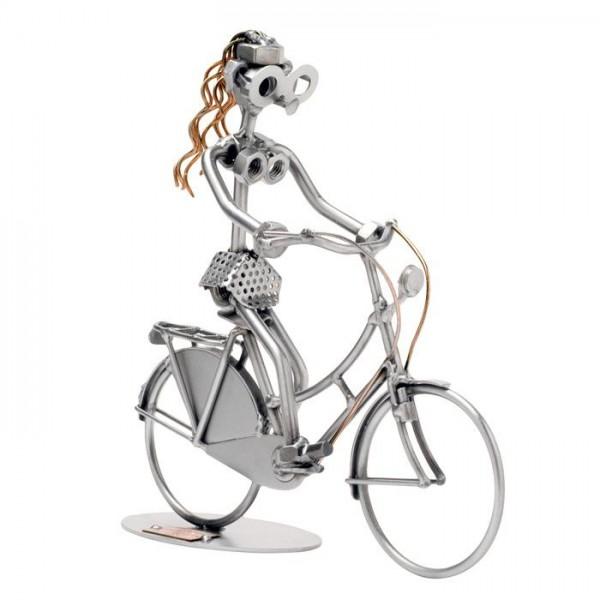 Kolesarka, kovinska skulptura