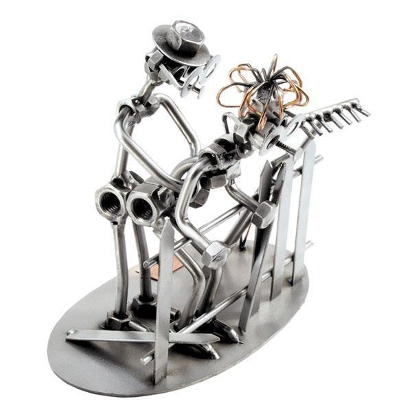Ljubezenska ograja, kovinska skulptura