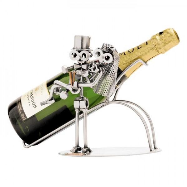 Par s šampanjcem, kovinska skulptura