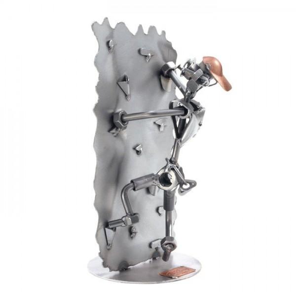 Plezalec, kovinska skulptura