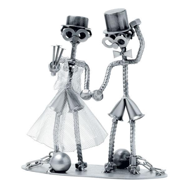 Zaporniški poročni par, kovinska skulptura